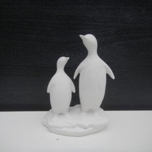semilavorato pinguini papa e piccolo guardano avanti da decorare ceramica faenza italia